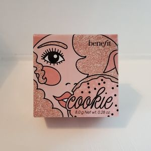 BENEFIT 'Cookie' Powder Highlighter